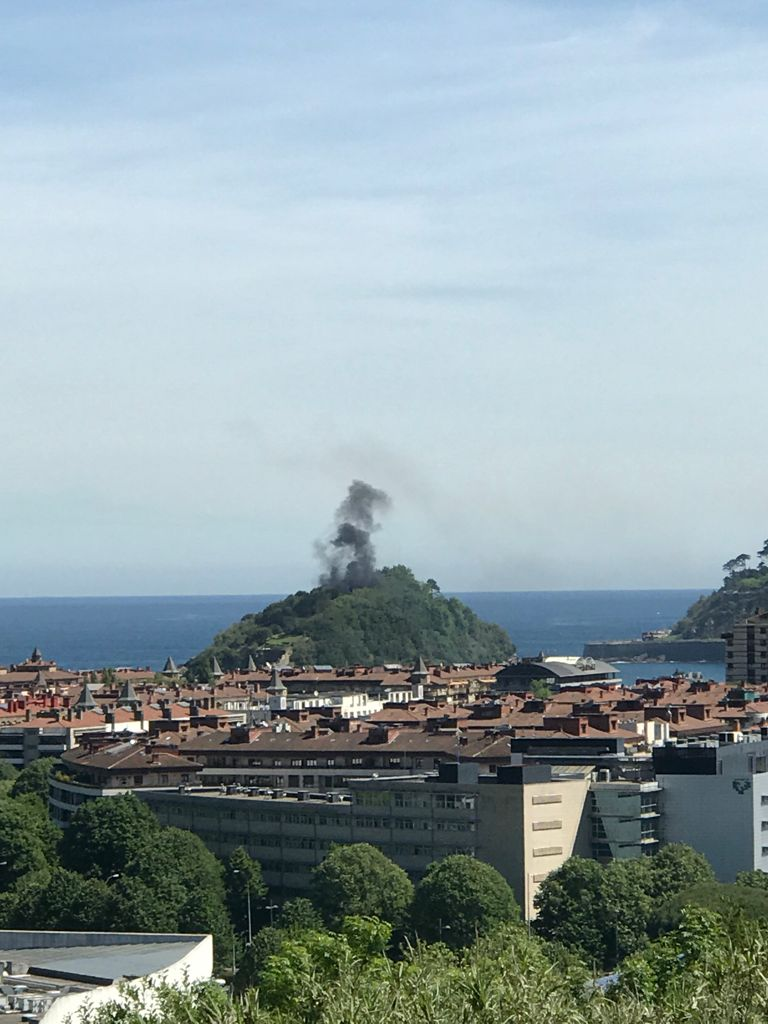 Fuego en la isla de Santa Clara